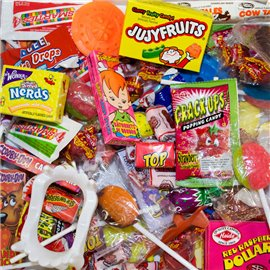 4.4 cent Candy Toy Knockout